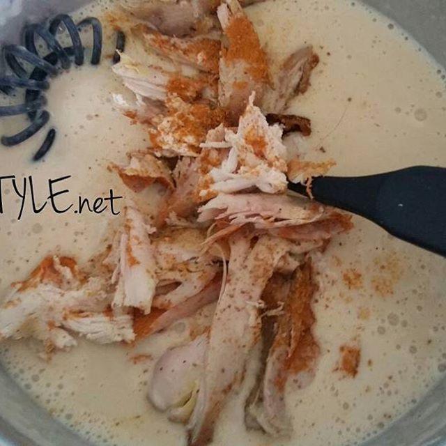 KOTI&RUOKA. RESEPTIT KASTIKKEET. KANAVIILOKKI, Hyödynnä RUAN TÄHTEET esim. PÄÄSIÄISEN Paistettu Broileri, kana. Valmistin Lopusta Broiletiata ja kermakastikkeesta, Kanaviilokkia. Nam Herkullista. Meidän Perheen Yksi Suosikki Ruoka. SUOSITTELEN. HYMY #ruokablogi  #blogi #ruoka #reseptit #kotimainen #kana #broileri #kanaviilokki #kastike #vinkki #arki #viikonloppu ❤☺