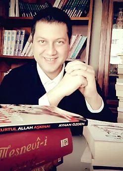 Yazar Ayhan Özden kimdir. Ayhan özdenin hayat hikayesi. Borçtan kurtul Allah aşkına yazarı ayhan özden Amerika Amazon çok satan yazarlar arasına girmeden önce