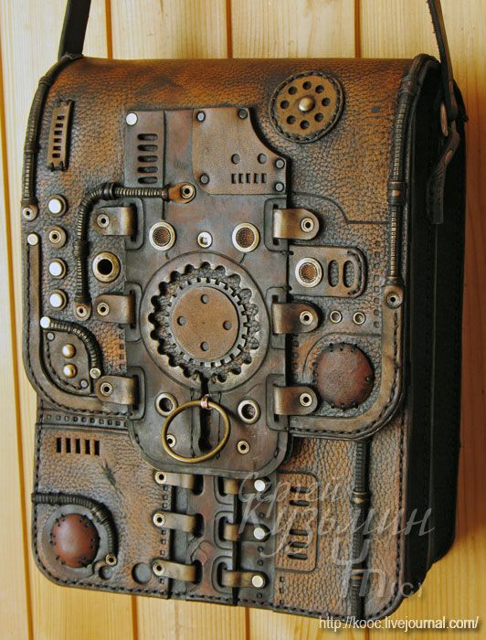 Awesome Steampunk bag.