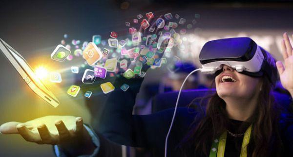 Virtual Reality bringt die Mobile App Entwicklung an die Grenzen  http://bit.ly/2h4TMhY  #VR #VirtualRealityAnwendung #MobileAnwendungenSpezialistFirma #Mobiltechnologie