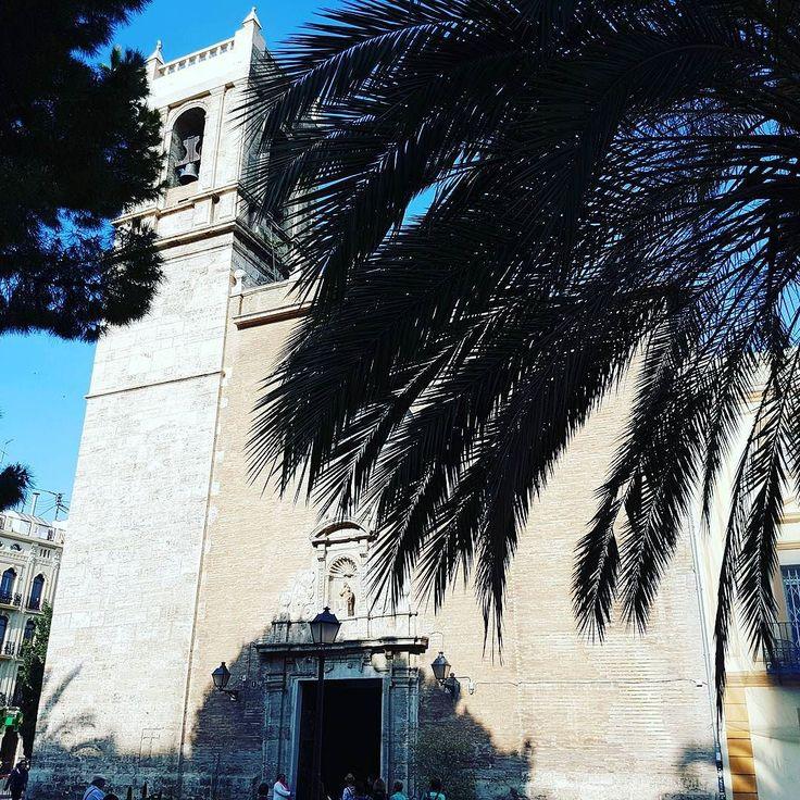 Entre palmeras. #churchstagram #christagram #Valencia #SemanaSanta #visitvalencia #Spain #españa