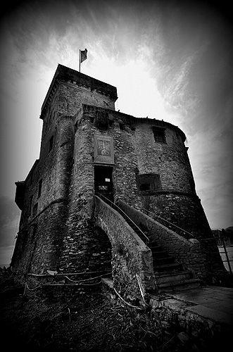Rapallo: Castello sul mare
