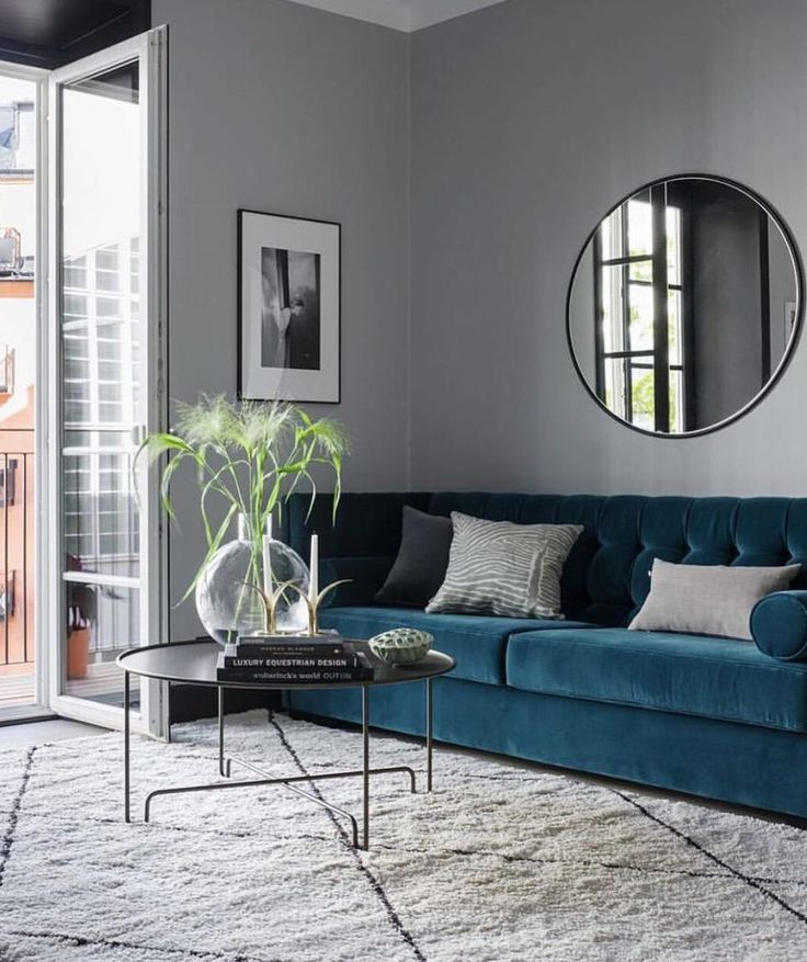 Trends 2018 Vlevet blue sofa. Small apartment with a Boutique Hotel feel - via Coco Lapine Design blog