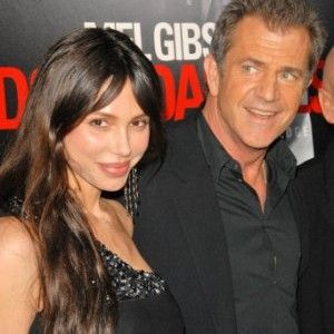 Mel Gibson and Oksana Grigorieva, 14-Year Age Difference
