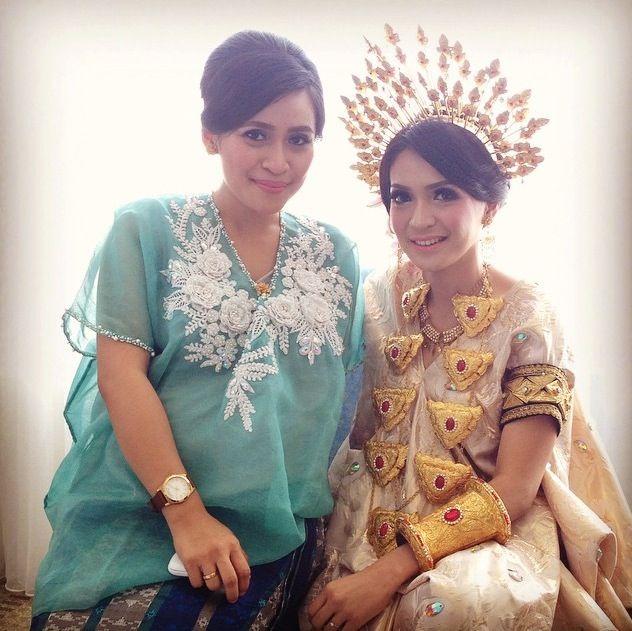 Silafiqrah n bride #bajubodo #bugis #makassar #tenun #bride #wedding #bajulabu