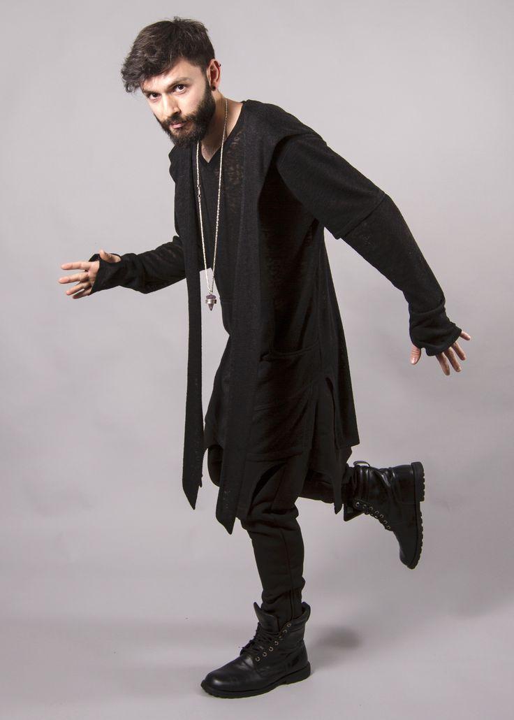 PARKA URBAN WITH HOOD #cool #voguemagazine #darkfashion #avantgarde #allblack #beard #fashionmen #fashion #fashionblogger #avantgarde #avantgardefashion #madebyartist #urban #style #trendsfashionboutique #casualstyle