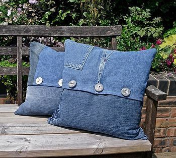 teen room ideas with recycled blue jean pillows