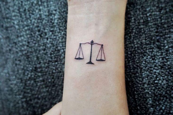 A Lawyer Semi Permanent Tattoo Bertahan 1 2 Tahun Dipakai Anestesi Agar Tidak Sakit Start Tattoos For Women Small Lawyer Tattoo Tattoos For Women