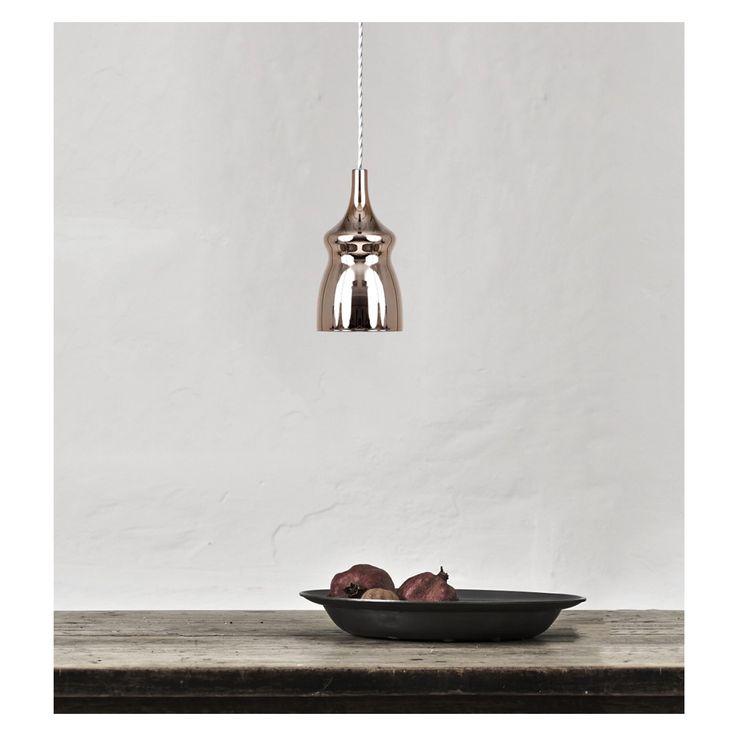 Nostalgia by Dima Loginoff for Studio Italia Design www.studioitaliad... www.dimaloginoff.com #studioitaliadesign #dimaloginoff #nostalgia #nostalgialamp #lamp #lighting #light #design #isaloni #euroluce #interior #interiordesign #milan #glass #luce #interni #decor #casa #home #salonedelmobile #designpics #instadesign