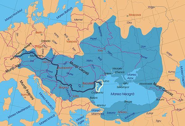 Hidrografia Elementele principale ale hidrografiei sunt: râurile, fluviile şi lacurile. În afara acestora, în Europa există ape subterane (cu izvoare) şi gheţari, iar în jurul ei se află diferite mări şi oceane. Râuri şi fluvii Fiecare râu şi fluviu se caracterizează prin ...