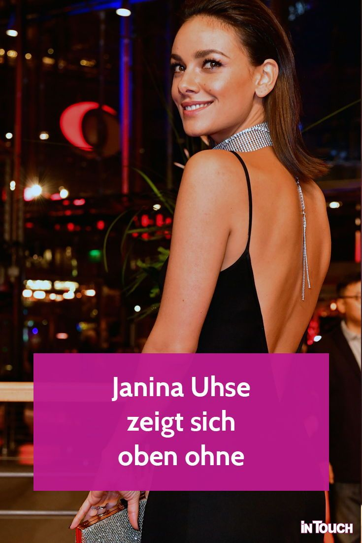 Janina Uhse  nackt