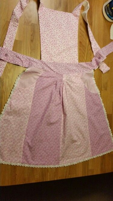 Vintage style apron, made for bethany.