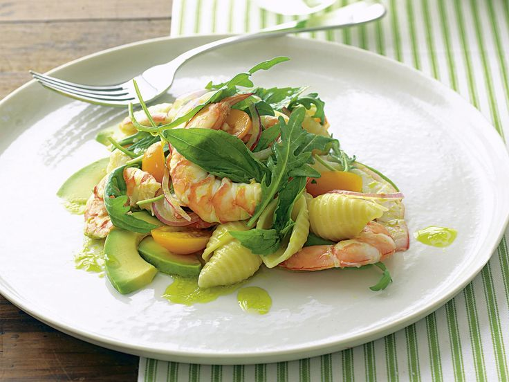 Fresh, juicy prawns are tossed with creamy avocado, rocket and shell pasta to create this beautiful fresh Summer salad in no time at all.