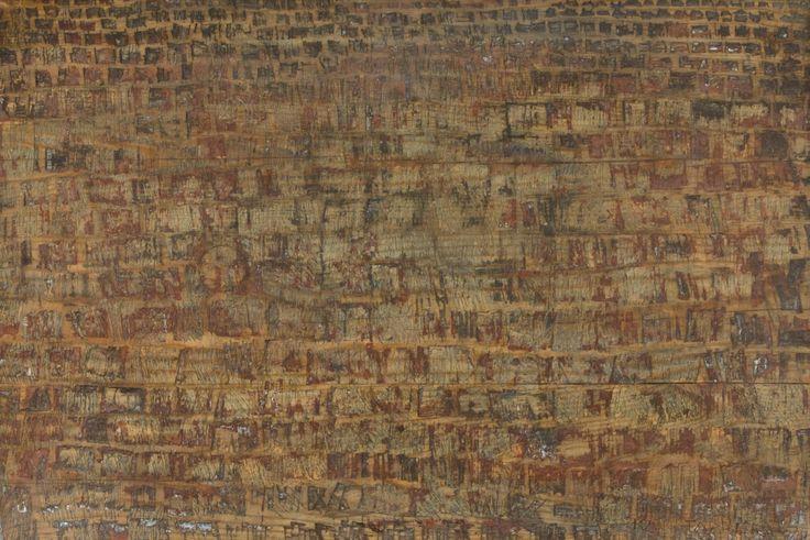 Kain Tapper: Pärekatto, 1978, maalattu puureliefi, 43x63 cm - Hagelstam K138