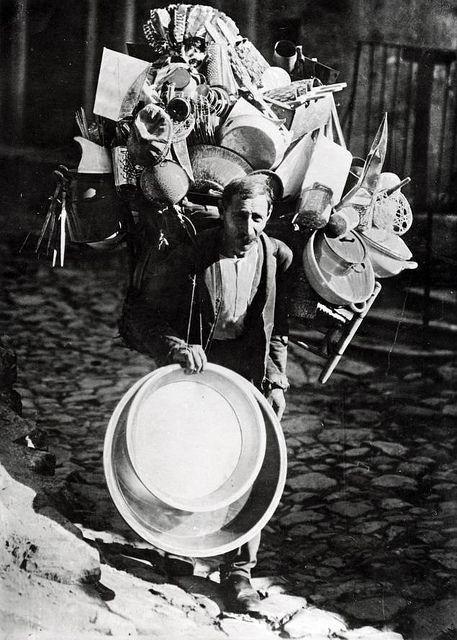 Street vendor in Istanbul, 1933