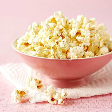 Save the microwave popcorn for movie night and grab a 1 oz bag of Smartfood popcorn when you're in a rush. Bonus: This white cheddar flavored popcorn is tasty as is, so you won't even consider wasting extra calories on salt or butter.                 NUTRIENT TOTALS                 Calories: 160 Protein: 3 g Carbohydrate: 14 g Dietary Fiber: 2 g Total Sugars: 2 g Total Fat: 10 g Saturated Fat: 2 g Cholesterol: 3 mg Total Omega-3 FA: 0 g Calcium: 60 mg Iron: .36 mg Sodium: 290 mg Vitamin C: 0…