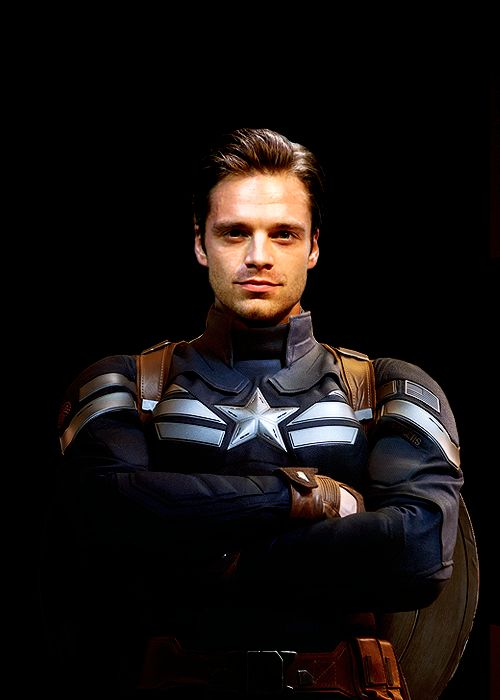 Bucky as Captain America... Mm, saucy. I can't wait for Bucky Cap. :D