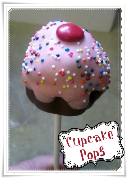 Sweet Sins 2 Share » Blog Archive » Cupcake Pops… and Bites!