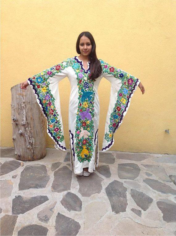 Mexican Dress/ Mexican hand embroidery / by TheTianguisMexico