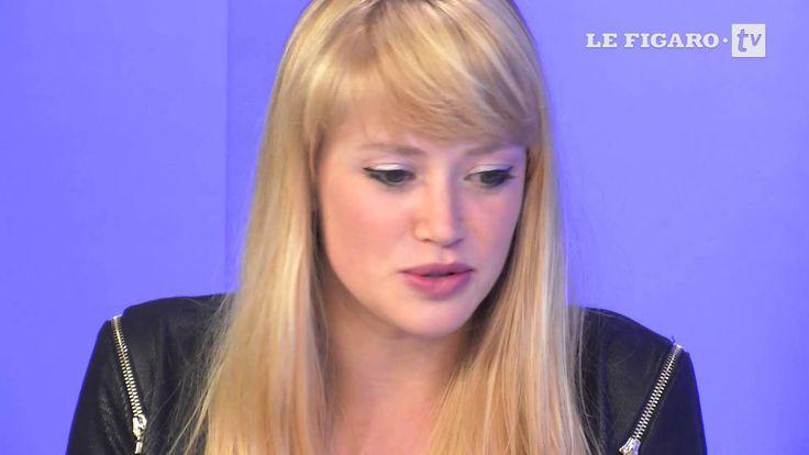 """""""Résiste"""" : Léa Deleau, la future star découverte par France Gall"""