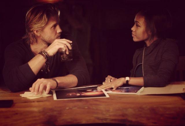 Nicole Beharie and Matt Barr in Sleepy Hollow