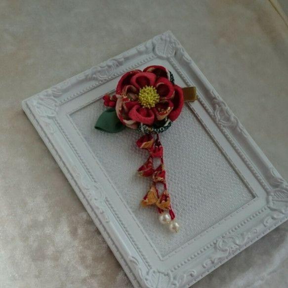 つまみ細工の髪飾り(正絹着物地)|ヘアアクセサリー|呱々(ここ)蘭|ハンドメイド通販・販売のCreema