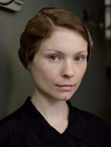 Downton Abbey Season 4 - Edna Braithwaite - Was so happy to see her go... AGAIN!