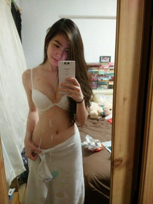 Girlfriendables Babe Unwrap Those Towels  Lets Take A -8995