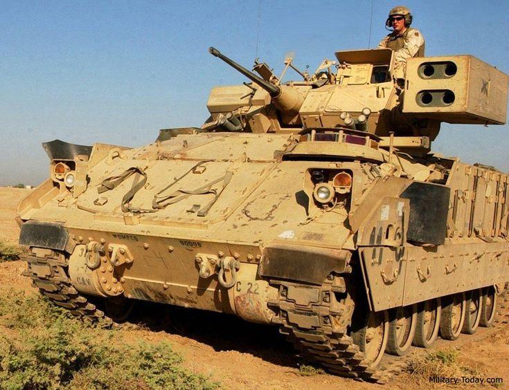 M6 Linebacker.  La M6 sostituisce un quad lanciatore di FIM-92 Stinger missili TOW per lo standard dual lanciatore del M2A3.  Questo veicolo concessa unità meccanizzate con una capacità di difesa aerea vicino-in valida, mentre utilizzando lo stesso veicolo da combattimento di base, come la maggior parte delle unità genitore, senza sacrificare la capacità di supporto di fanteria e di trasporto.