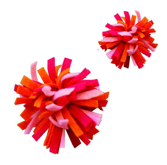 Make Pom-Poms From Your Felt Scraps! - creative jewish mom