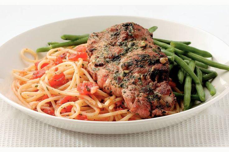 Italiaanse karbonades met spaghettini - Recept - Allerhande