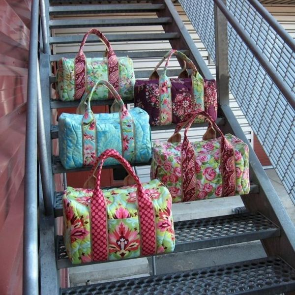 Travel Bag Sewing Pattern by enid