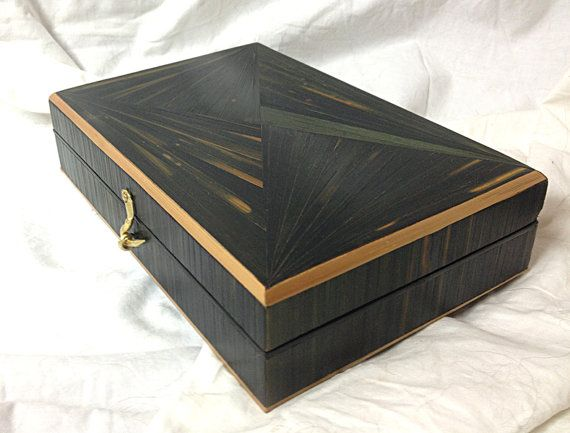 Jewelry box in straw marquetry, Art Deco design
