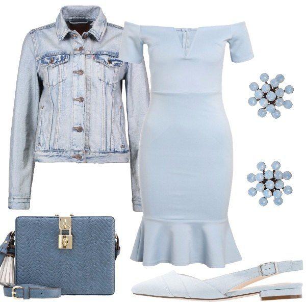Outfit composto da vestito celeste polvere con scollo a barca e volant sul fondo, giubbotto di jeans, slingback basse celesti, clutch con lucchetto e orecchini con pietre.