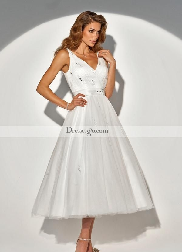 9 best Simple Wedding Dresses images on Pinterest | Wedding frocks ...