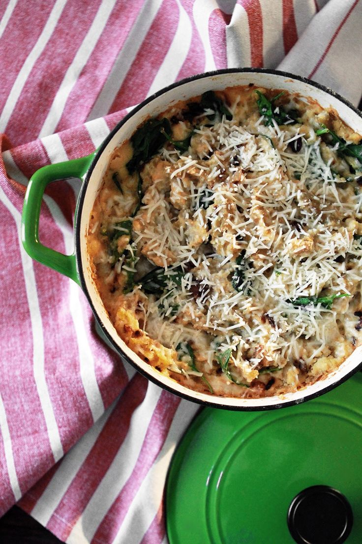 A hearty gluten-free pasta baked in a creamy cauliflower sauce with spinach, garlic and mushrooms. Sprinkle this Baked Pasta with Cauliflower Sauce with freshly grated parmesan cheese, and use Ancient Harvest Bean & Lentil Pasta for a protein pasta with a taste that's second-to-none.