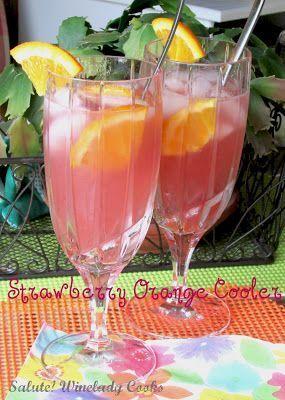 Refreshing Strawberry Cooler Easy to Make | www.wineladycooks... #summer #drinks…