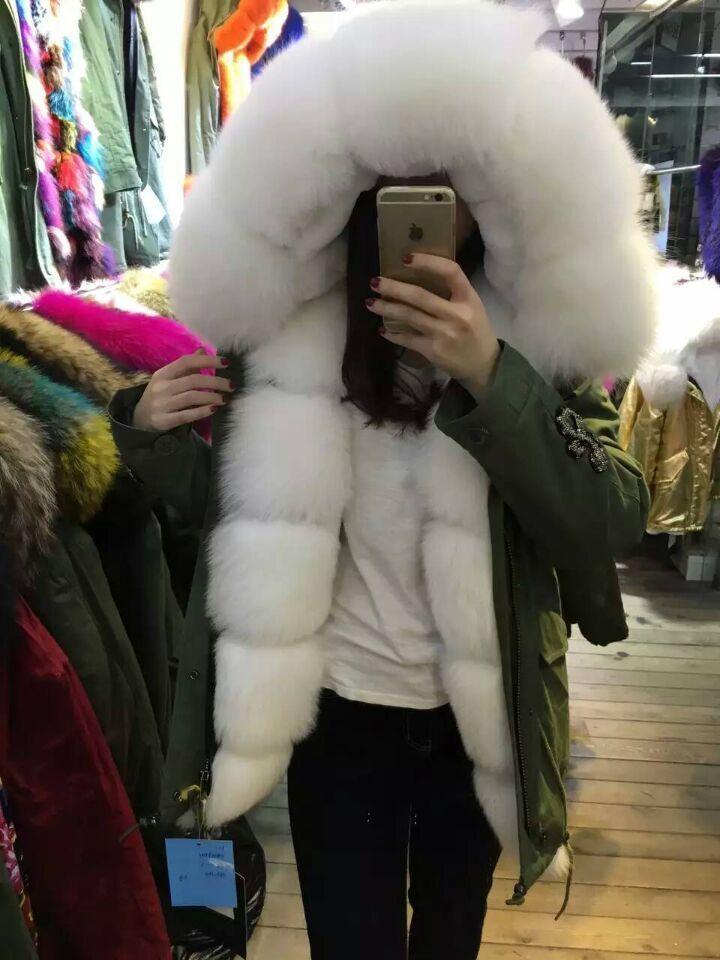 782b2aba107 a06729170abfbd8fdcc2c468056cca00--rabbit-fur-fur-fashion.jpg