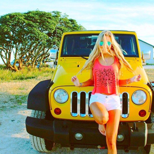 19 Pictures That Prove Girls Who Drive Jeeps Have More Fun