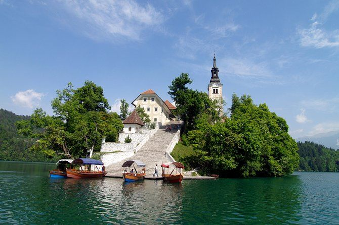 Ljubljana And Bled Lake Small Group Day Tour From Zagreb Day Tours Lake Bled Postojna