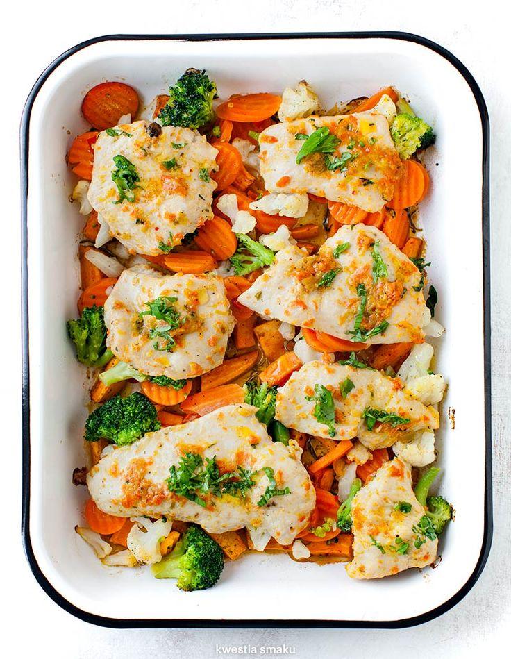 Pieczone filety z indyka z warzywami