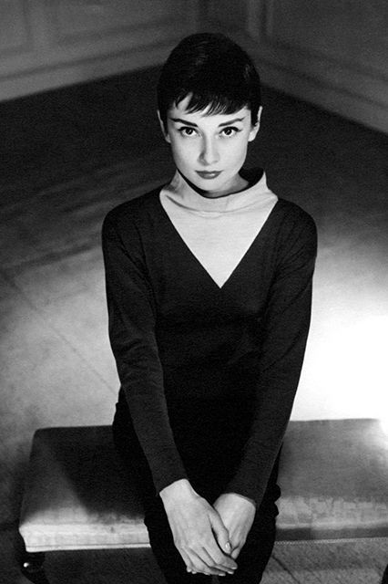 11 Iconic Audrey Hepburn Photos Every Fan Must See #refinery29 http://www.refinery29.com/2015/06/87205/audrey-hepburn-photos-national-portrait-gallery#slide-7 A 1955 photo session with Antony Beauchamp is featured in the exhibit.