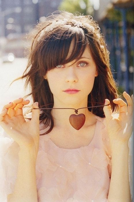 Zoeey Deschanel, absolutely adore this women!