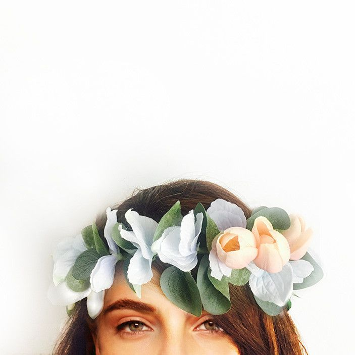 This crown is handcrafted with tulips, hydrangeas and eucalyptus leaves.  Perfect for your engagement, bridal shower or hen's night; you can wear it confidently knowing it won't wilt or fall apart throughout the day. We love that you can wear it again after your special event or keep it as a treasured memento