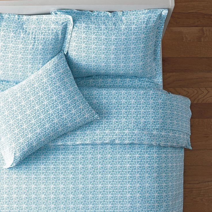 Simi Back-To-Campus Percale Bedding - Sky