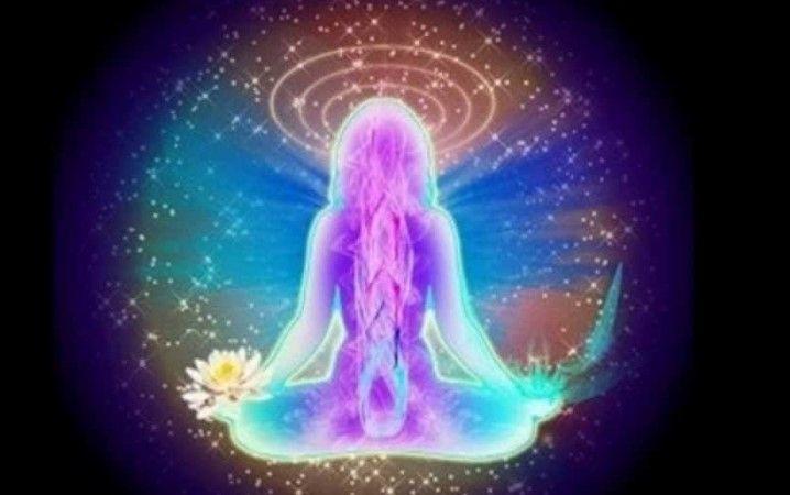 Veamos los trece caminos de meditación de la Escuela Chrisgaia, para conocer el trabajo que podemos hacer tanto en la vía de la energía como en conciencia