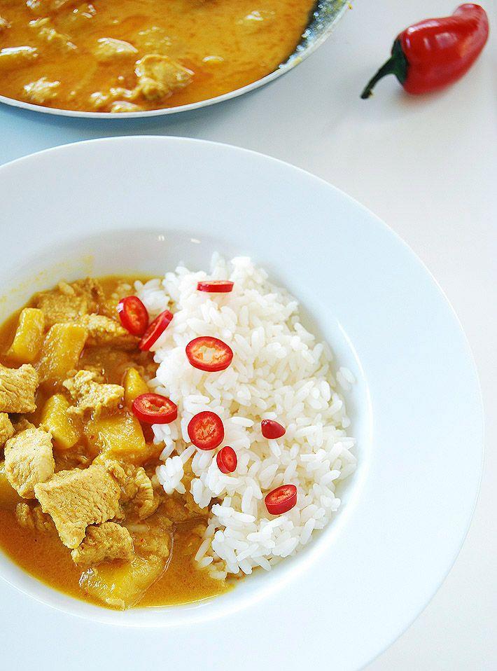 Kurczak curry z mango w mleczku kokosowym