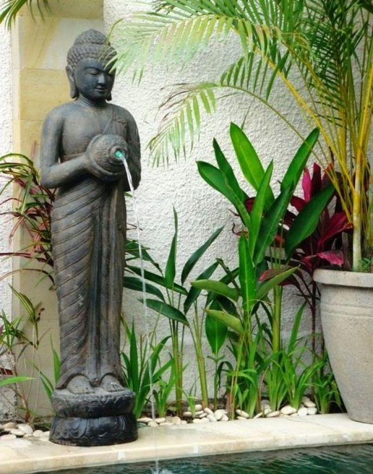 The 25 best bali garden ideas on pinterest balinese for Balinese decoration
