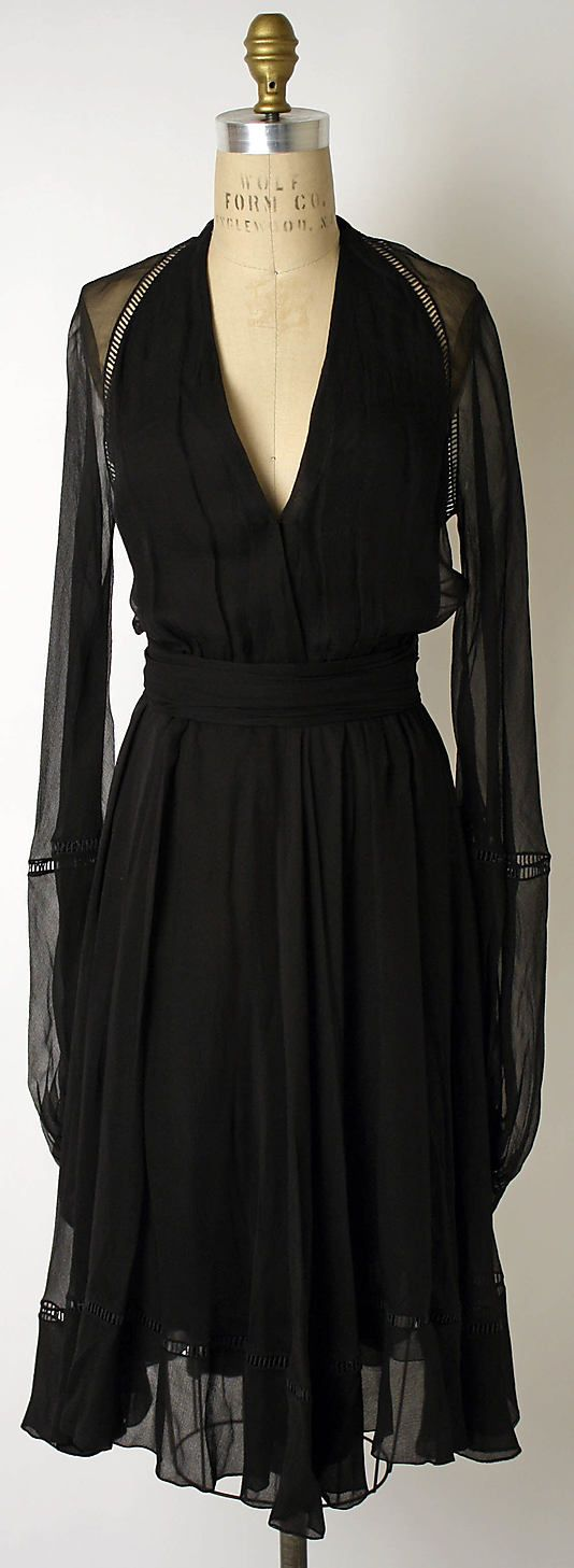 Dress  House of Dior  (French, founded 1947)    Designer:      Marc Bohan (French, born 1926)  Date:      spring/summer 1974  Culture:      French  Medium:      silk