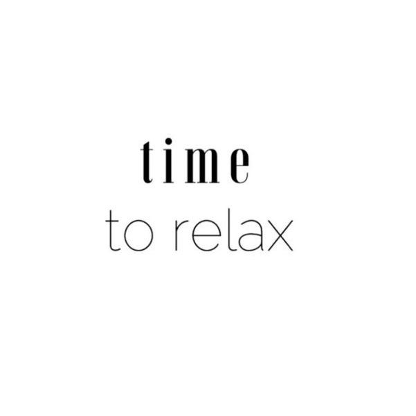 Time to relax, almost weekend - www.instawall.nl